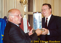 2000 Leipzig Award Recipient Robert Minton presents the 2001 Award to Mr. Norbert Blüm.  Photo  © 2001 Tilman Hausherr